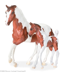 Breyer - Pinto Foal and Pinto Mare