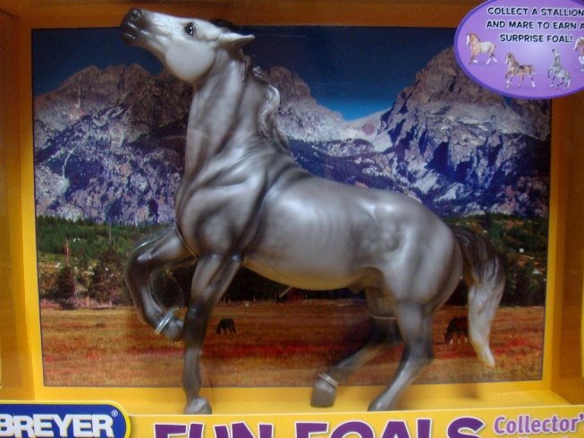 Breyer - Fun Foals 2009 Mustang Stallion